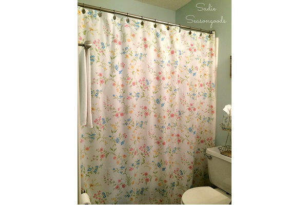 Tutorial: Make a shower curtain from a vintage sheet