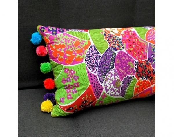 Tutorial: Vintage scarf lumbar pillow