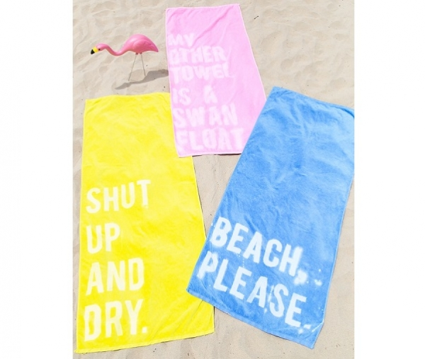 Tutorial: Bleached message beach towel