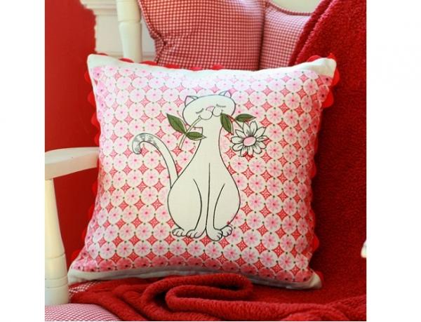 Tutorial: Vintage tea towel throw pillow