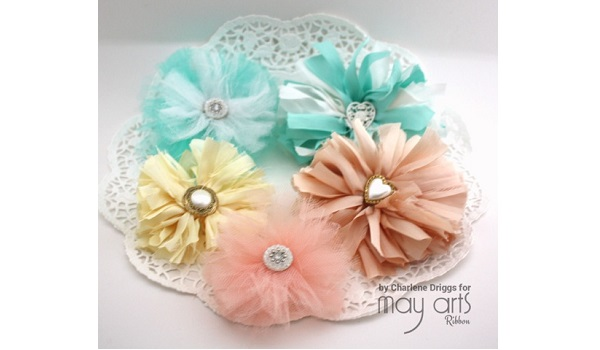 Tutorial: Shabby flowers from your ribbon scraps