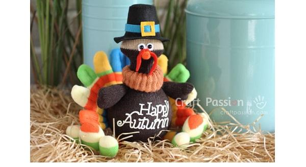 Free pattern: Sock turkey softie