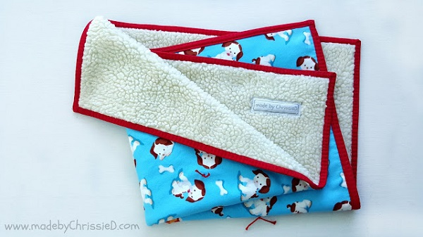 Tutorial: Hand tied snuggle blanket