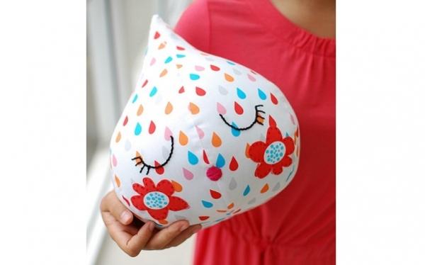 Free pattern: Adorable raindrop softie