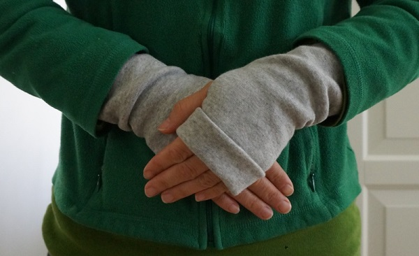 Tutorial: Knit fingerless gloves or arm warmers
