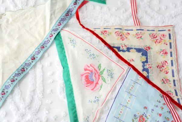 Tutorial: Vintage hankie hair kerchiefs