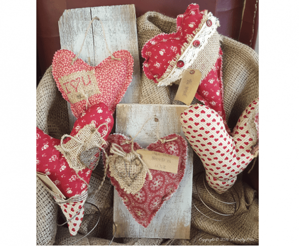 Tutorial Primitive Fabric Hearts In Bed Spring Stands