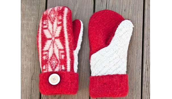 Tutorial Make Mittens From An Old Sweater Sewing