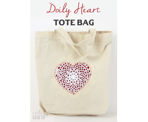 Tutorial: Doily heart tote bag