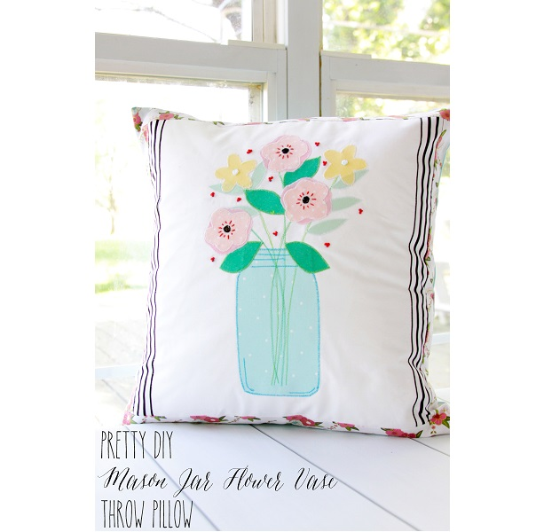 Free pattern: Mason jar flower vase pillow