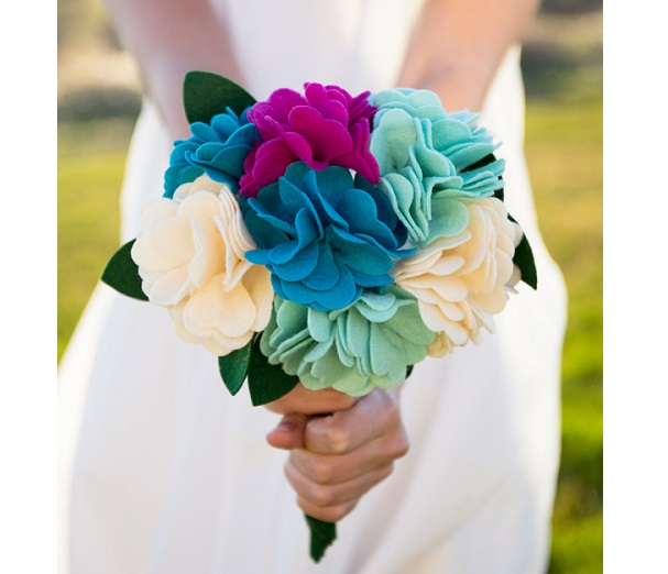 Tutorial: Felt flower bouquet – Sewing