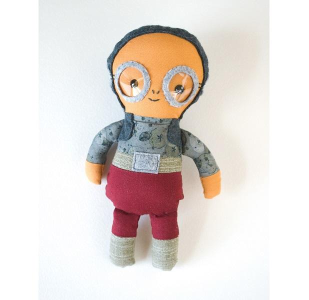 Free pattern: Maz Kanata doll