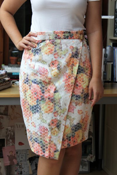 Tutorial: Faux wrap pencil skirt – Sewing