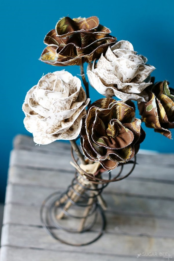 Tutorial: Fall fabric flowers with twig stems