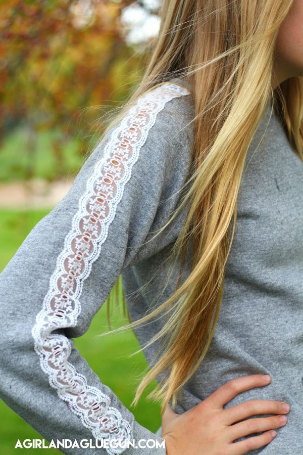 Tutorial: Lace sleeve sweatshirt
