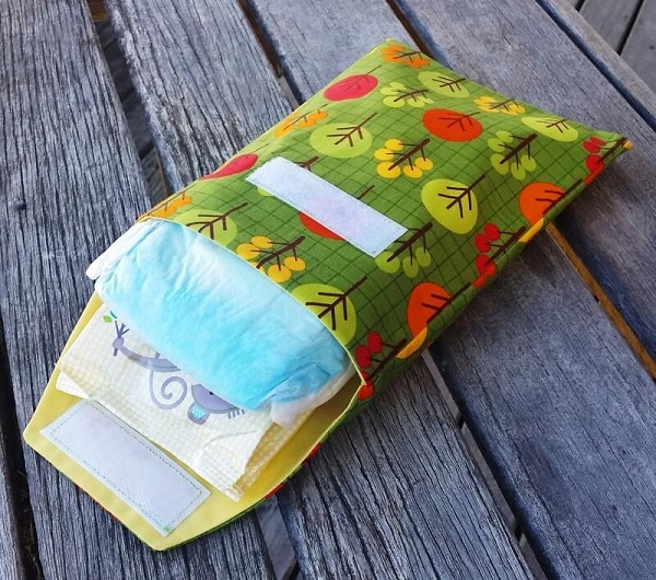 Tutorial: Baby diaper and wipes travel pouch