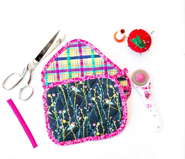 Free pattern: Easy quilted pot holder