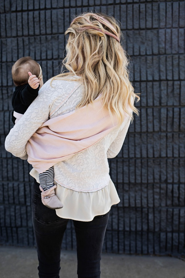 Tutorial: Ring sling baby carrier from natural dye blush linen