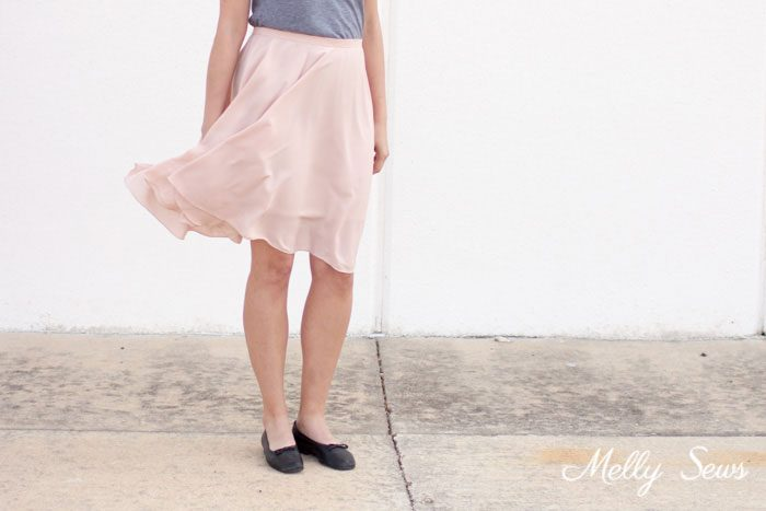 Tutorial: Circle skirt with an invisible zipper