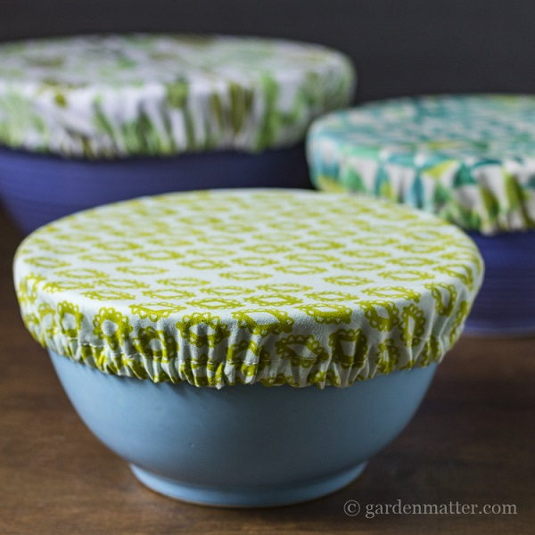 Tutorial: Make fabric bowl covers from fat quarters