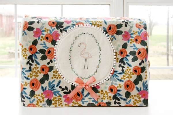 Tutorial and pattern: Stitched flamingo sewing machine cover