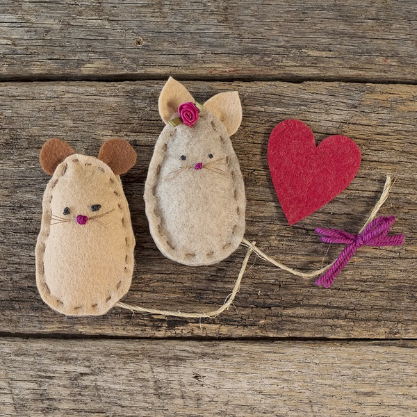 Tutorial and pattern Felt mouse