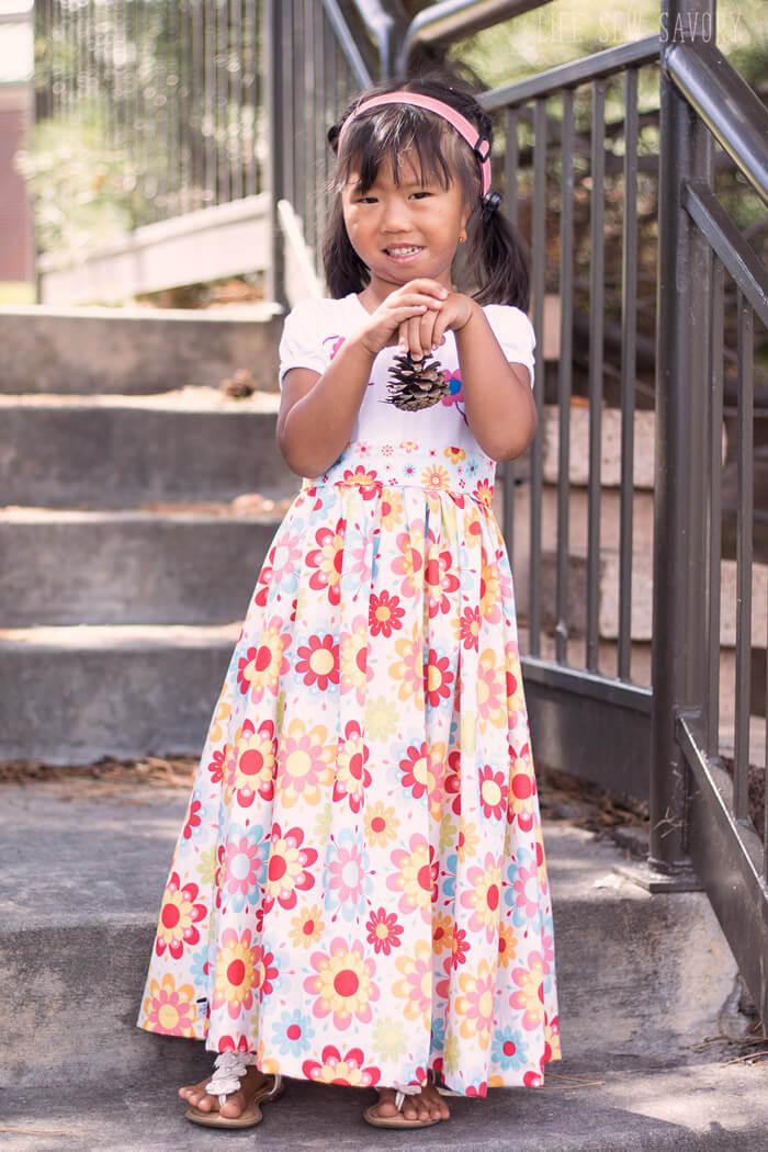 Tutorial: Little girl's t-shirt maxi dress