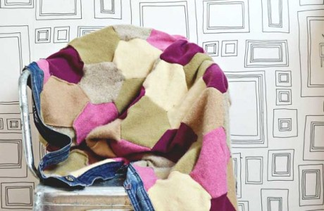 Tutorial: Recycled sweater blanket with jeans binding