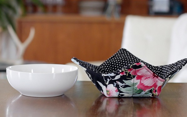 Video tutorial: Microwave soup bowl hot pads