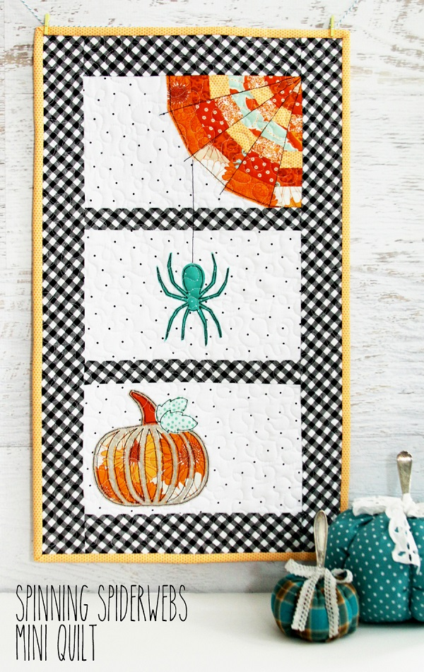 Tutorial and pattern: Halloween spider mini quilt