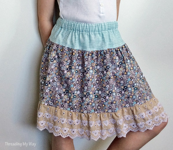 Tutorial: Gathered skirt with a lace ruffle hem