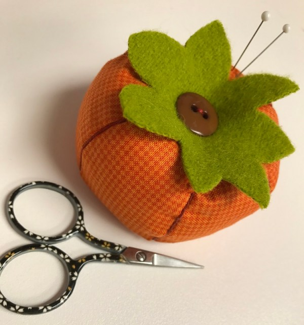 Tutorial: Autumn pumpkin pincushion