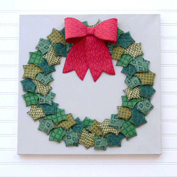 Tutorial and pattern: Fabric and felt Christmas wreath