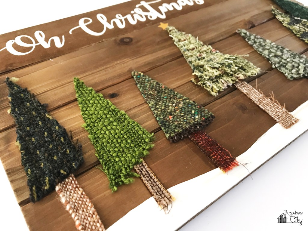 Tutorial: Scrap fabric Christmas tree sign