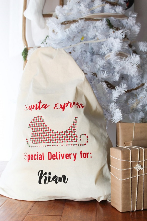 Tutorial: Easy no-sew Santa gift sack