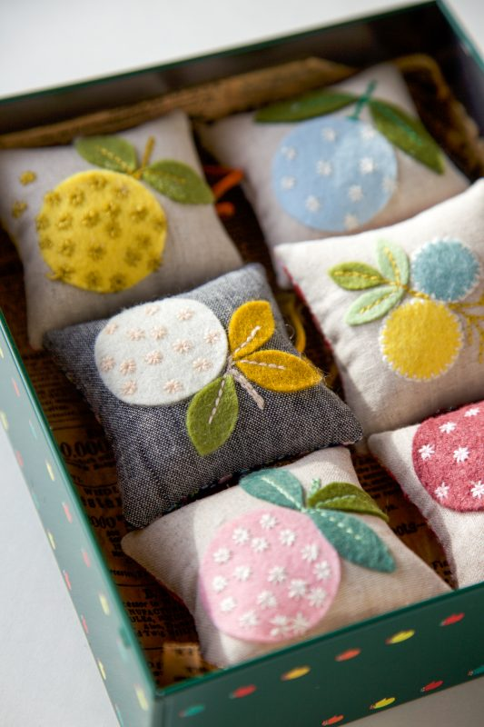 Tutorial: Sweet wool felt pincushion or sachet