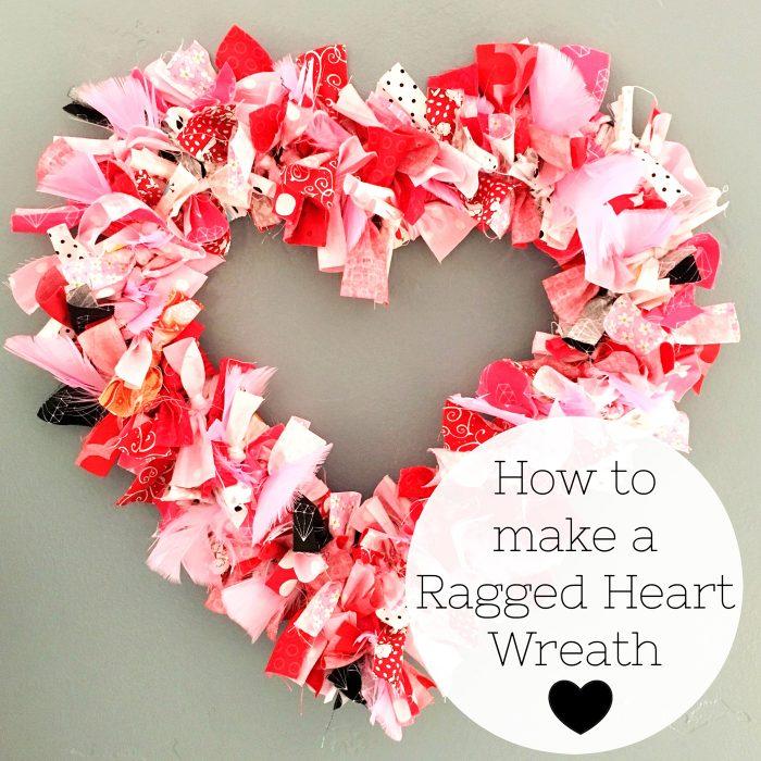 Tutorial: No-sew fabric heart wreath