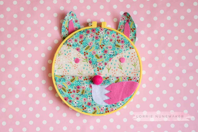 Sewing tutorial: Fox face embroidery hoop caddy