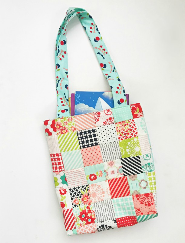 Sewing tutorial: Mini charm pack patchwork tote