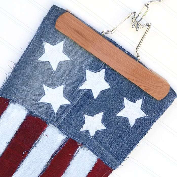 Sewing tutorial: Flag banner from upcycled jeans