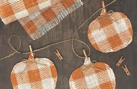 Sewing tutorial: Burlap pumpkin fall banner