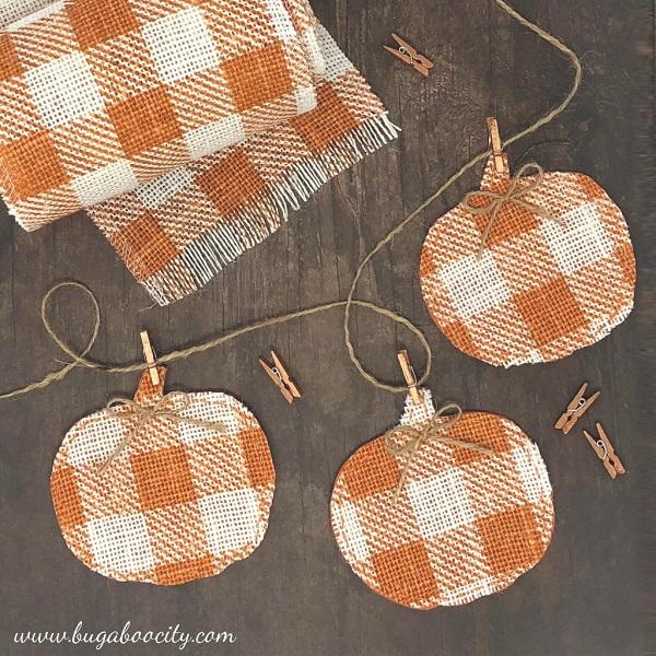 Sewing tutorial: Burlap pumpkin fall banner