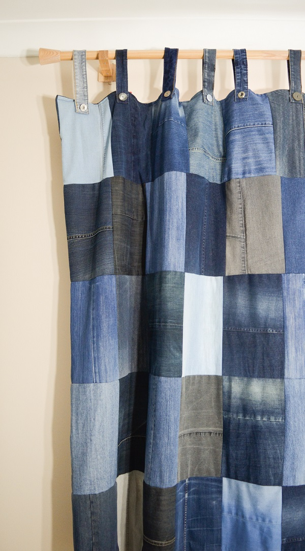 Sewing tutorial: Recycled denim tab top curtains