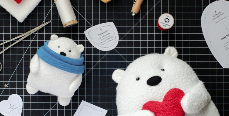 Free sewing pattern: Polar bear plush softie
