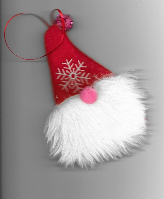 Sewing tutorial: Gnome/Tomten Christmas Ornament