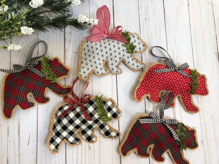 Sewing tutorial: Woodland burlap bear ornaments