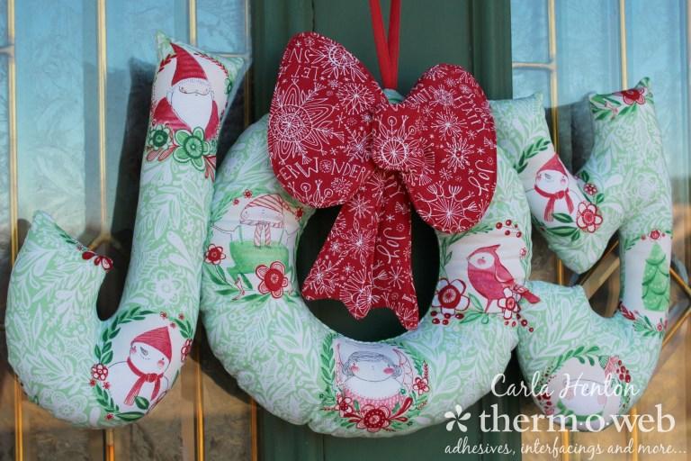 Sewing tutorial: Joy fabric Christmas wreath