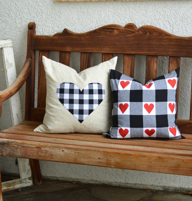 Sewing tutorial: Farmhouse style Valentine pillows