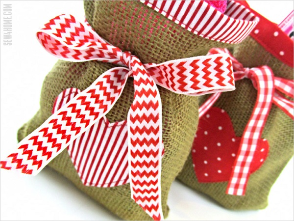 Sewing tutorial: Burlap and cotton Valentine's gift bags