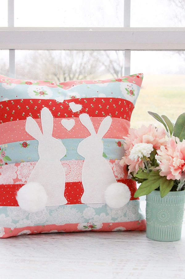 Sewing tutorial: Spring bunnies throw pillow